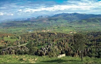 parque-cabarceno-cantabria-paisaje