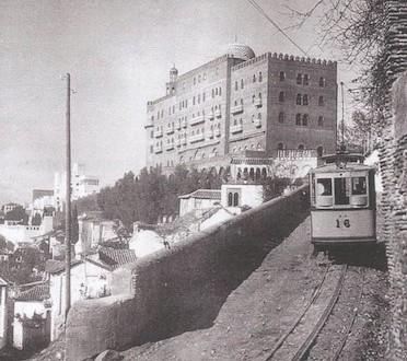 alhambra-palace-restaura-tranvia-granada-1