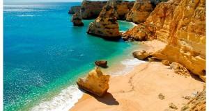 Paser por las playas del Algarve - Praia Marinha - Turismo de Algarve